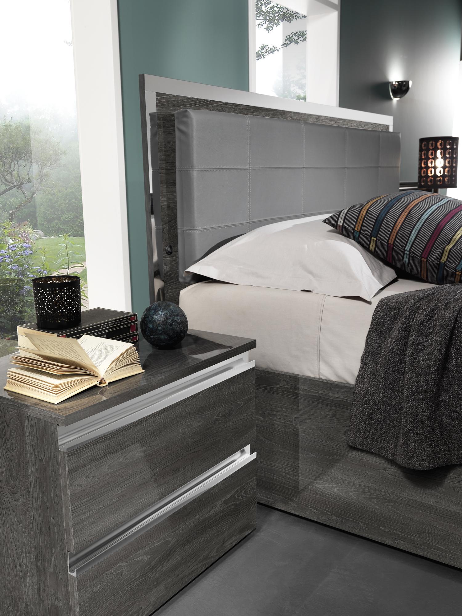Modern Bedroom Sets From Spacify: Oxford Bedroom, Modern Bedrooms, Bedroom Furniture